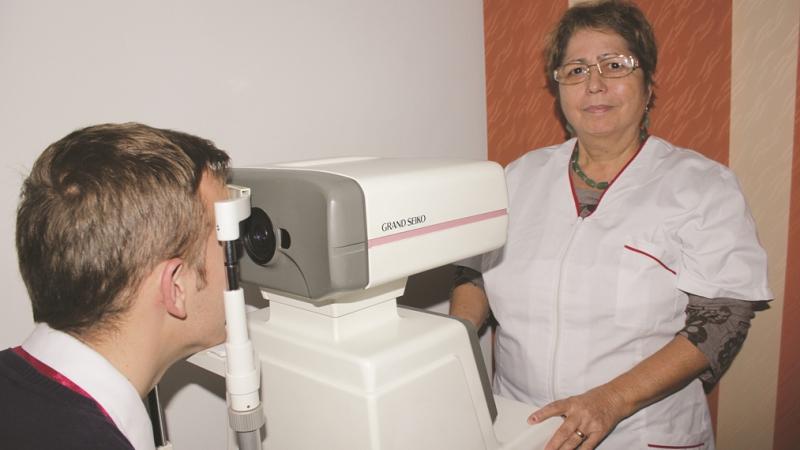 AVRAM  oftalmolog, consult ochi (9)