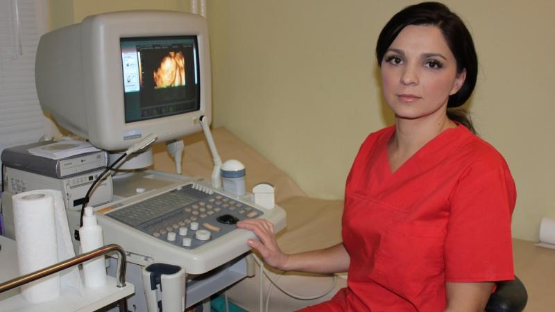 Mihaela Peteanu, ginecolog (3)
