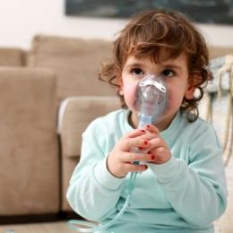 Inhalaţiile cu aerosoli sunt benefice doar dacă sunt făcute corect