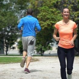 Alergaţi şi veţi trăi mai mult decât persoanele sedentare!