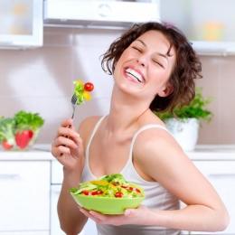 Vă este foame mereu? Ce alimente pot reduce pofta de mâncare
