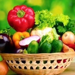 Ce fructe şi legume sunt indicate când temperaturile sunt caniculare