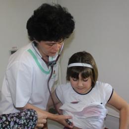 Migrenele pot afecta şi copiii mici