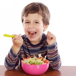 Anemia afectează dezvoltarea normală a copiilor. Cum poate fi combătută eficient