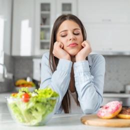 Vreți să scăpați de astenie? Schimbați-vă alimentația!