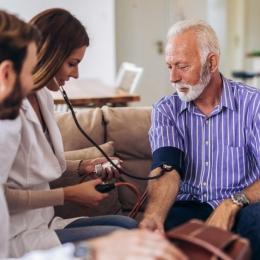 Colesterolul mărit duce, de multe ori, la atac de cord