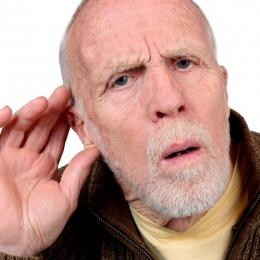 Ascultatul muzicii la un volum prea mare poate duce la scăderi de auz
