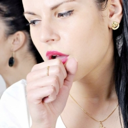 Fumatul, un obicei distructiv. Ce afecţiuni riscă fumătorii
