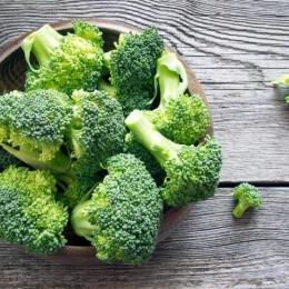 Broccoli inhibă dezvoltarea celulelor canceroase