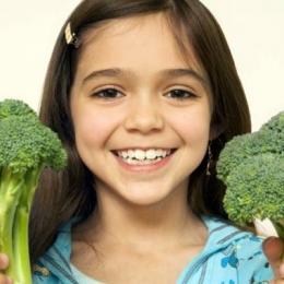 Cine nu şi-a mâncat legumele? Cinci motive pentru a consuma broccoli