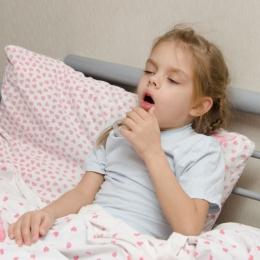 Atenţie la bronşiolite! Copiii mici, cei mai afectaţi