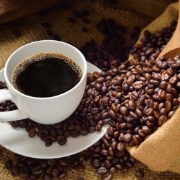 Cafeaua ne ajută să ne menţinem greutatea după o dietă