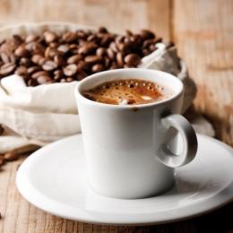Consumul limitat de cafea nu este periculos pentru organism