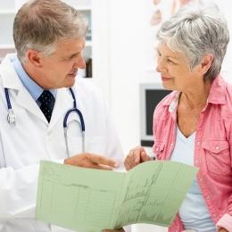 De ce apare şi cum poate fi tratat cancerul colo-rectal. Berea, printre factorii favorizanţi