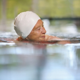 Cum îi ferim de caniculă pe bolnavii cronici şi pe bătrâni