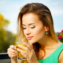 Ceaiul verde previne îmbătrânirea