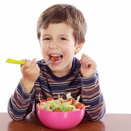 Ce este bine să mănânce copiii. Sfaturi de la specialişti