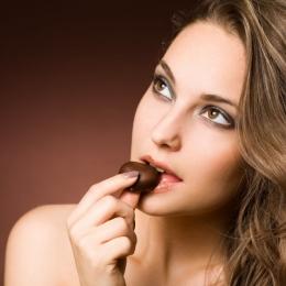 Ciocolata este bună pentru organism. Reduce formarea cheagurilor de sânge
