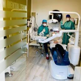 La M&M Dental Team redescoperiţi zȃmbetul!