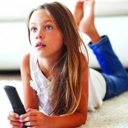Folosirea îndelungată a televizorului vă îmbolnăvește copiii