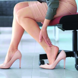 Victime pe tocuri. Picioarele doamnelor, în suferinţă