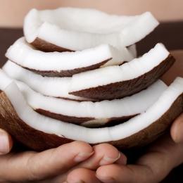 Bucură-te de beneficiile nucii de cocos!
