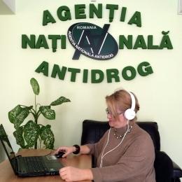 Cum poţi scăpa online de dependenţa de droguri