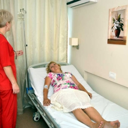 Consultaţii medicale gratuite, la reumatolog