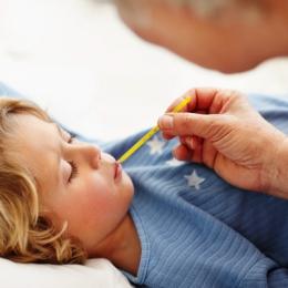 Cum se manifestă apendicita la copii?