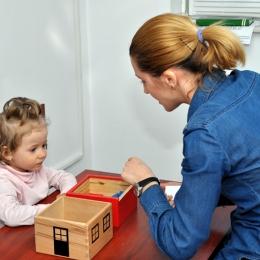 Cum învaţă copiii să comunice eficient