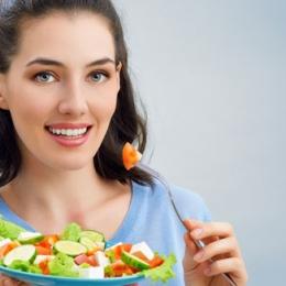 Cum să mănânci puţin şi să te saturi repede