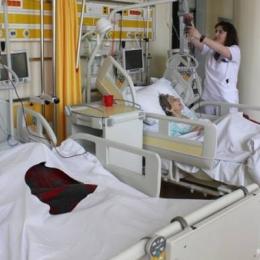 Cu punguţa de medicamente la pacienţii internaţi în Spitalul Judeţean.