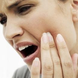 De ce apare abcesul dentar. Metode de tratament