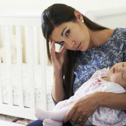 De ce apare depresia postpartum la proaspetele mămici
