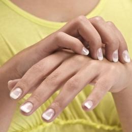 Dermatita alergică de contact se poate face şi de la hainele pe care le purtăm