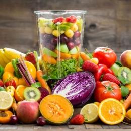 Dieta zilnică trebuie să conţină, neapărat, fructe și legume