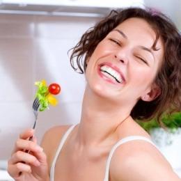 Dietele stricte ale femeilor pot duce la infertilitate