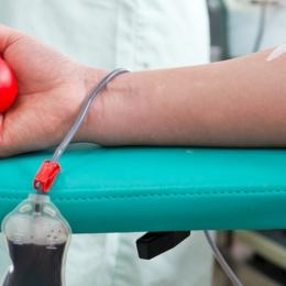 Pacienţii cu boli grave au nevoie de ajutor. Sângele donat îi poate salva