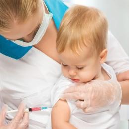 Ce este indicat să facem şi să nu facem, după vaccinarea copiilor