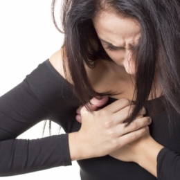Ce probleme de sănătate prevesteşte durerea sânilor