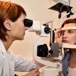Traumatismele oculare trebuie tratate la oftalmolog, nu acasă