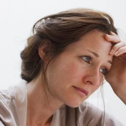 Durerea în endometrioză poate fi permanentă sau ciclică