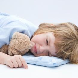 Enterocolita la copii şi bebeluşi.  Hidratarea, cea mai importantă