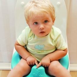 Copilul suferă de enterocolită? Iată ce se poate face