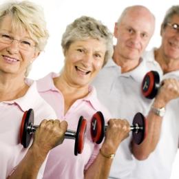 Cum îi convingem pe vârstnici să facă sport