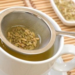 Ceaiul de fenicul ajută la recăpătarea poftei de mâncare