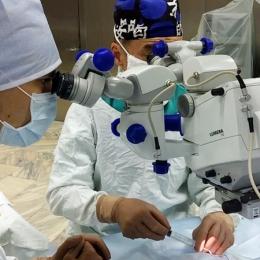 O nouă metodă pentru tratamentul keratoconusului, testată în clinica