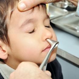 Polipii nazali, principala cauză a infecţiilor respiratorii repetate