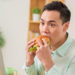 """Câte """"lovituri"""" mai poate suporta ficatul? Efectele nocive ale alimentaţiei, pentru bolnavul cu hepatită"""