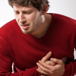 Angina pectorală, strigătul inimii pentru oxigen. Frigul şi efortul, principalii factori declanşatori